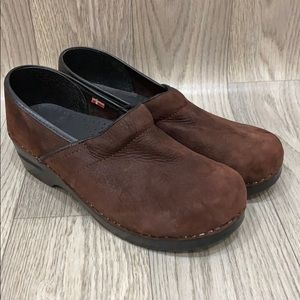 SANITA PROFESSIONAL-TEXTURED-OIL-CLOG